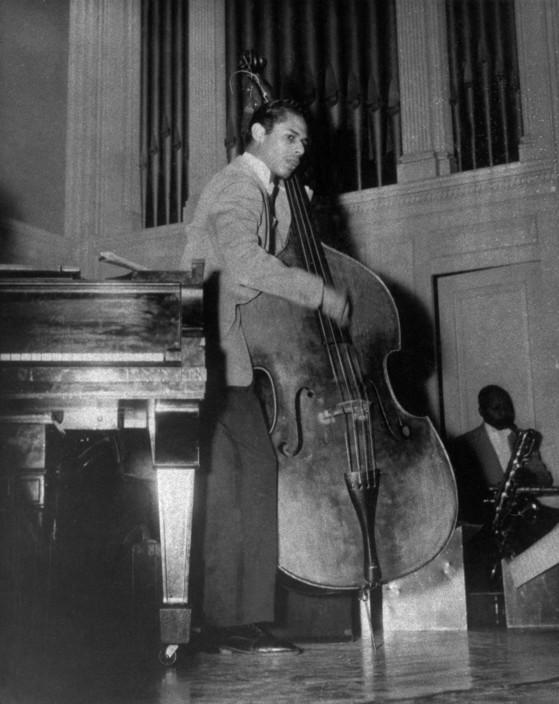 Jimmy BLANTON, American contrabass player.